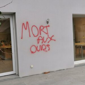 """Animal Cross - Tag """"Mort aux ours"""""""